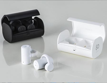 骨伝導技術を活用したヒアラブル聴覚機器_写真
