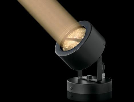 超狭角ライトアップLED器具「フォーカルスポットライト」_写真