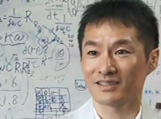 山形大学 理学部 教授 瀬尾 和哉 氏