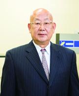 株式会社飯山特殊硝子 代表取締役社長 飯山 正治