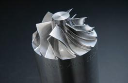 複雑な形状の金属加工
