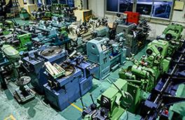 整備した中古機械の展示