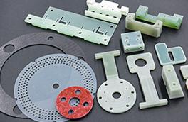 薄物樹脂やFRPの加工部品